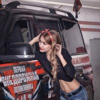 В гараже :: Olga Burmistrova