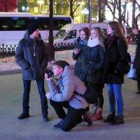 Скоро Новый  год !(Отличная  смена  подрастает! Думающая!) :: Виталий Селиванов