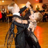 Кружась в танце :: Горелов Дмитрий