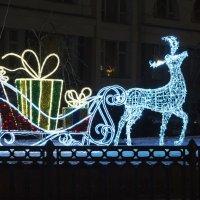 Новый год к нам мчится... :: Aнна Зарубина