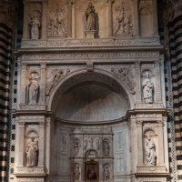 Duomo di Siena.  Алтарь Пикколомини. :: Надежда Лаптева