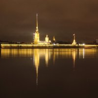 Прогулка по ночному Петербургу... :: Tatiana Markova