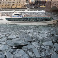 пароход белый-беленький :: Олег Лукьянов