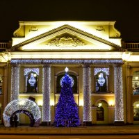 Новогодний гостиный двор :: Лариса Лунёва