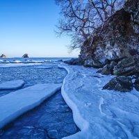 Зимний морской пейзаж :: Эдуард Куклин