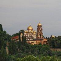 Новоафонский монастырь,Абхазия :: ninell nikitina