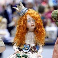 маленькая, ещё и рыженькая, а принцесса :: Олег Лукьянов