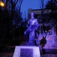 Памятник художнику Киселеву. :: Алексей Golovchenko