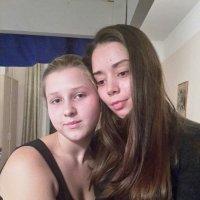Полина и Маргоша. :: larisa Киселёва