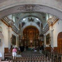 Мы внутри церкви Св.Франциска Ксаверия (Аризона, США) :: Юрий Поляков