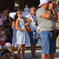 толпа людей и одна эмоция! :: Роза Бара