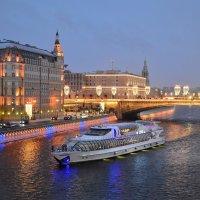 Вид с Парящего моста в Зарядье :: Ирина Бирюкова