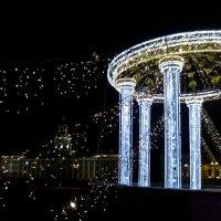 новогоднее украшение Дворцового моста :: Елена