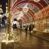 Новогодние огни Москвы 21018 :: Валерий Князькин
