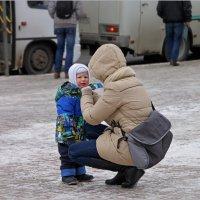 - МААААМ, ПОЙДЕМ ДОМОЙ, МОРОЗ КУСАЕТСЯ! :: Владимир Прокопов