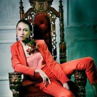 Красный костюм :: Anna Sidorenko