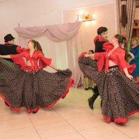 цыганский танец :: Юрий Удвуд