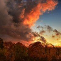 Осенний закат :: Сергей Шаталов