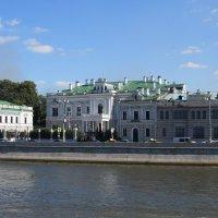 На набережной Москва-реки :: Вера Щукина