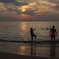 Игры на море :: liudmila drake