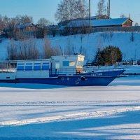 Зимняя стоянка :: Валерий Симонов