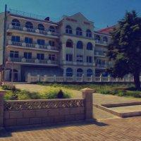 Путинский дом бухта Омега Севастополь :: Роза Бара