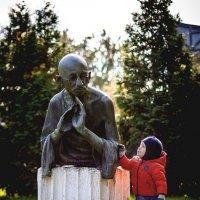 Поведай, Далай, как мне дальше жить... :: Максим Рябинин