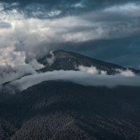 В облаках. :: Александр Криулин