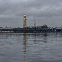 Был обычный серый Питерский вечер... :: Сергей Исаенко
