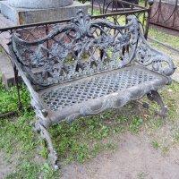 Старинная скамеечка :: Ирина ***