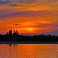 Закат на реке Лена :: Александр Велигура