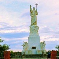 Благославляющий Христос в Ессентуках – самая высокая скульптура Иисуса в России :: Ольга Зубова