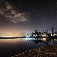 Ночью у реки :: Александр Криулин