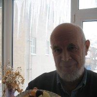 """У моего отца, поэта Михаила Арошенко ныне """"дважды пушкинский возраст"""" - 37+37=74 года :: Алекс Аро Аро"""