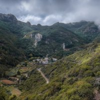 В горах, деревушка Чамогра :: Андрей Бондаренко