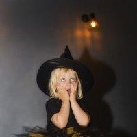 Маленькая ведьма :: Tanya Petrosyan