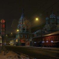 Красная церковь на Большой Полянке :: Капитан немо