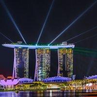 Лазерное шоу Marina Bay Sands, Сингапур. :: Edward J.Berelet