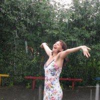 А  вы когда-нибудь гуляли под дождём?..... :: Людмила ****