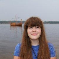 Портрет на фоне... :: Елена Расторгуева