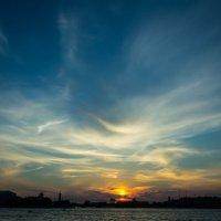 Закат над Невой :: Павел Печковский