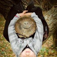 На дереве :: Татьяна Коляденко