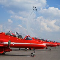 Red Arrows :: Павел Myth Буканов