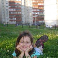 островок зелени в каменных джушглях :: Надежда Пашкова