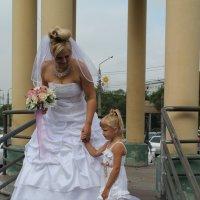 невеста с племяшкой :: Andrey Shatalov