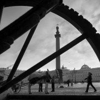 На Дворцовой площади :: Alexander Roschin