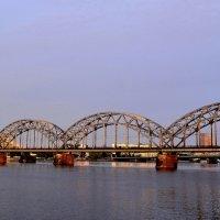 Рижский ЖД мост :: Евгений Джон