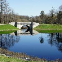 г. Гатчина Дворцовый парк Карпин пруд и Карпин мост :: Елена Павлова (Смолова)