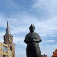 Памятник рыбакам :: Grey Bishop
