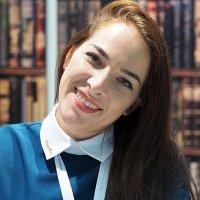 гостеприимный женский образ :: Олег Лукьянов